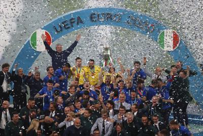 Italia gana la Europa al vencer a Inglaterra en penales