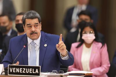 Maduro reta a debate a presidentes de Uruguay y Paraguay