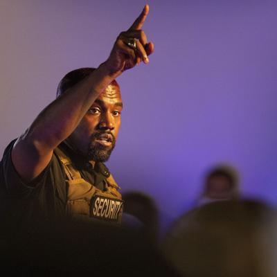 Kanye West presenta firmas en Wisconsin para lanzarse a presidente