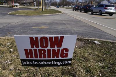 Aumentan salarios y prestaciones en Estados Unidos en 1er trimestre