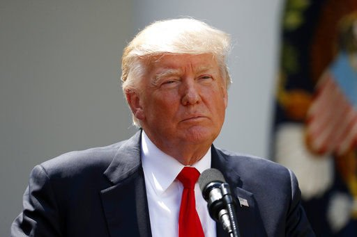 Donald Trump hablará con presidente chino sobre tensión con Corea del Norte