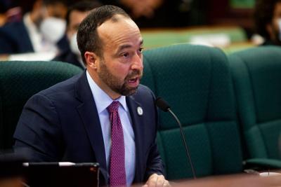 Omar Marrero busca votos para su confirmación en la Cámara y en el Senado