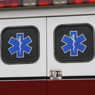 Avioneta choca contra casa en Nueva York y deja dos muertos