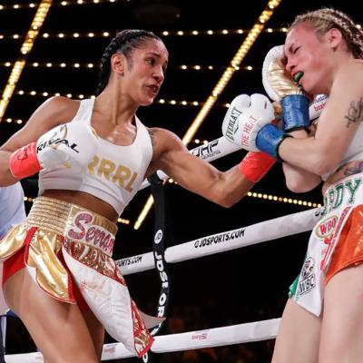Amanda Serrano es la Boxeadora del Año de la OMB