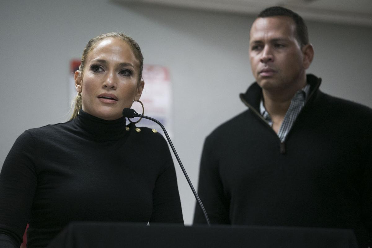 Jennifer Lopez & Alex Rodriguez 3