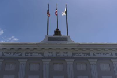 Banderas ondearán a media asta por el 11 de septiembre