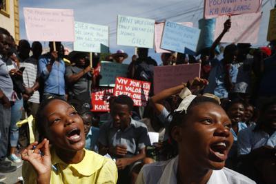 La otra tragedia en Haití: no hay una sola vacuna contra el covid-19 y crece la violencia