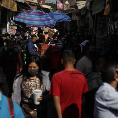 Aumenta a 126 millones la población de México