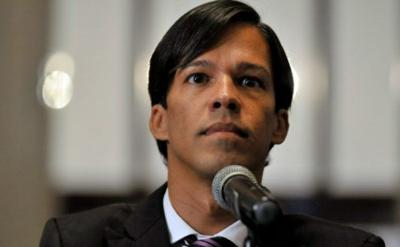 Pedro Julio Serrano se une al coro de voces contra la reforma laboral