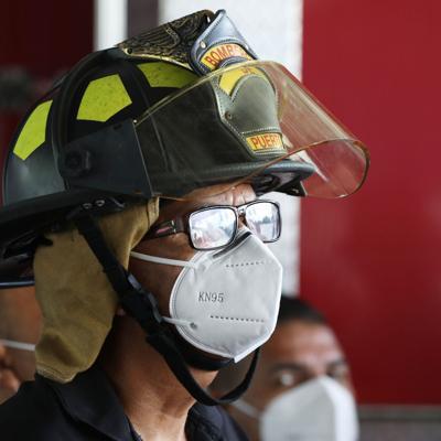 Gobierno afirma que defenderá ajuste salarial a bomberos