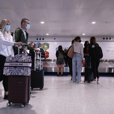 Los CDC bajan al nivel 3 la alerta para viajes a Puerto Rico por el covid-19