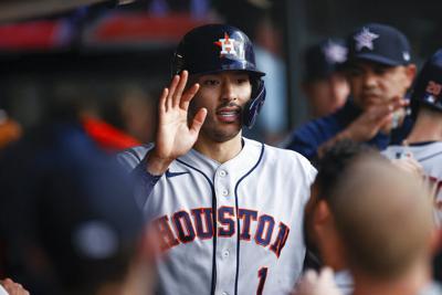 Carlos Correa fue clave en la victoria de los Astros sobre los Indios