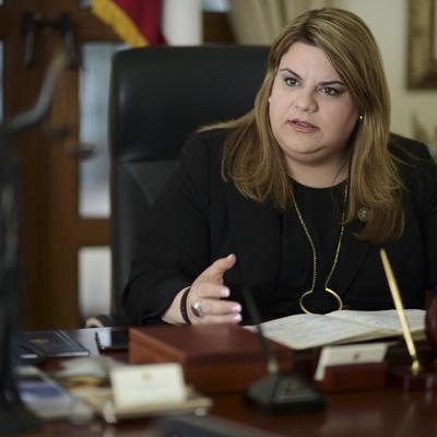 Pasa a la firma del presidente nombrar correo en San Juan