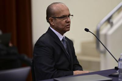 Purdue University reconoce a presidente de la UPR