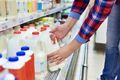 Limitada intervención de DACO en asunto de la leche