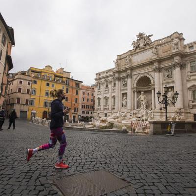 Italia recibe a turistas de Estados Unidos, Canadá y Japón