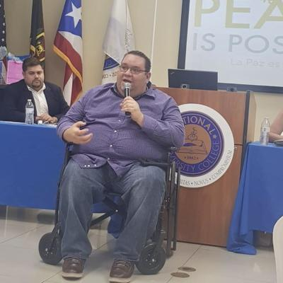 Joven en silla de ruedas relata odisea para votar en primarias