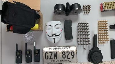Encuentran una pistola y drogas en el residencial El Yuquiyú