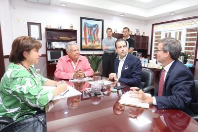 """Alcalde de Comerío advierte """"sentencia de muerte"""" a los municipios"""