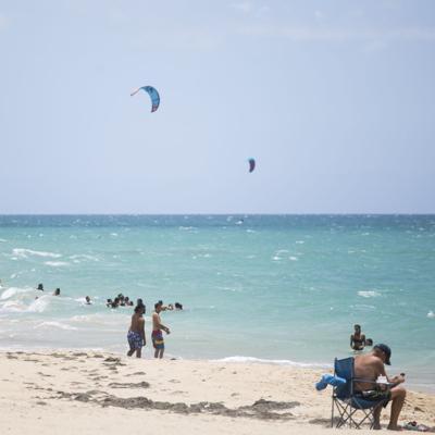 Un hombre muere ahogado en playa de Isabela