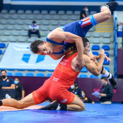 Jonathan Parrilla asume con motivación su reto en la selección de lucha