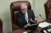 Rivera Schatz reacciona a arrestos por pesquisa de empleados fantasmas