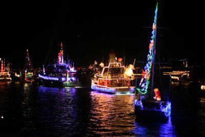 Invitan al Salinas Christmas Boat Parade