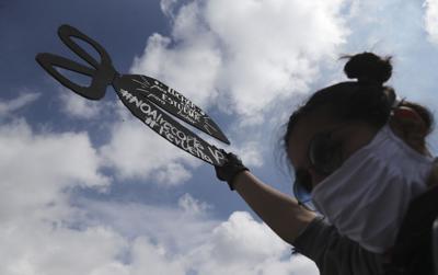 Ecuador reduce jornadas por crisis económica por Covid-19