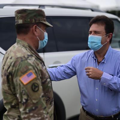Comienzan a cerrar los centros de vacunación de la Guardia Nacional