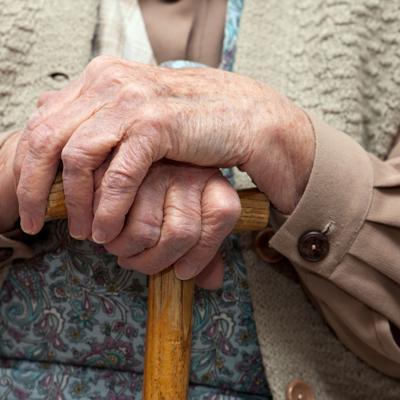 Salud investiga transmisión de Covid-19 en hogar de ancianos
