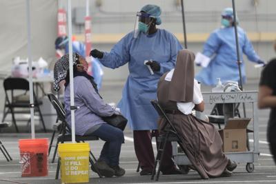 Florida rompe récord de casos diarios de coronavirus en EE.UU.