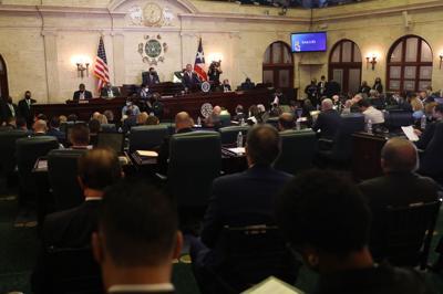 Detienen sesiones en el Capitolio hasta la próxima semana