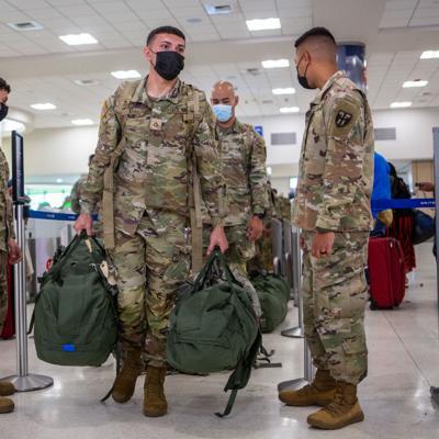 Soldados boricuas parten hacia Louisiana para brindar apoyo tras el paso del huracán Ida