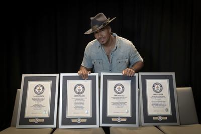 Guinness World Records reconoce a Romeo Santos