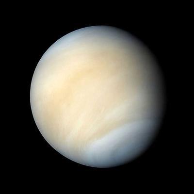 Visibles los planetas Mercurio y Venus durante estos días al anochecer