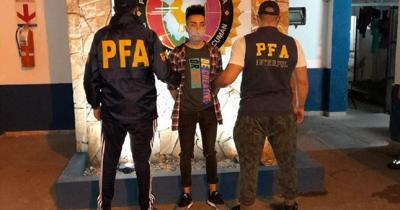 Paso a paso, cómo será la extradición a España del acusado de matar de 40 puñaladas a un boricua