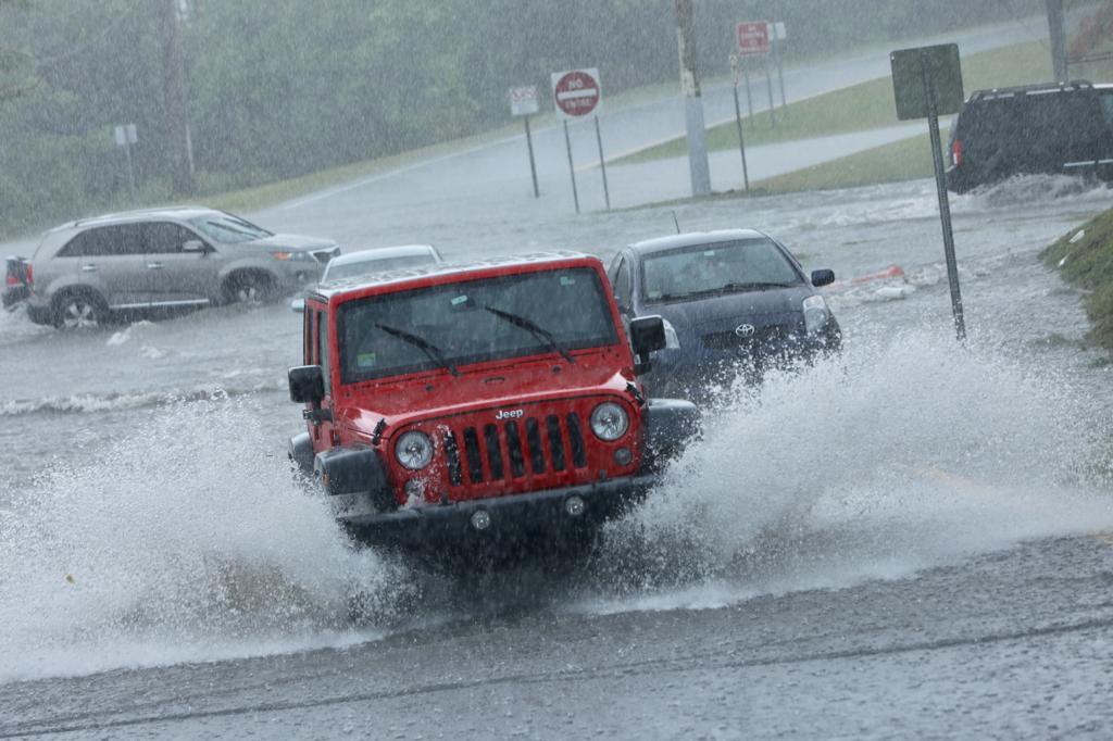 Bajo advertencia de inundaciones tres municipios del oeste