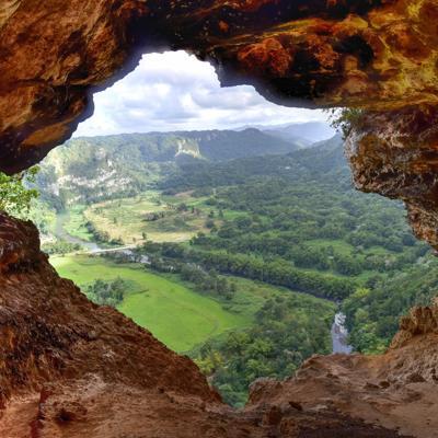 Cuevas para visitar hoy domingo