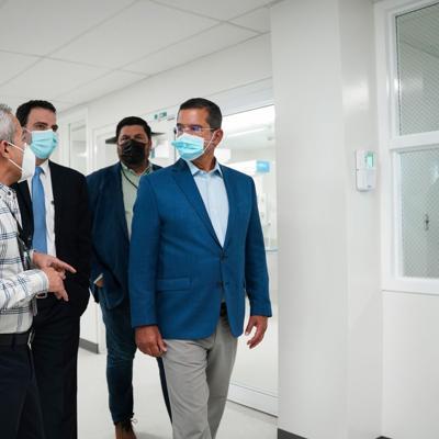 Gobernador inaugura modernas Salas de Cirugías en Centro Médico