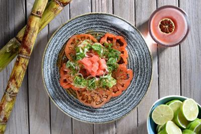 Reabre con nuevo nuevo menú Caña by Juliana González