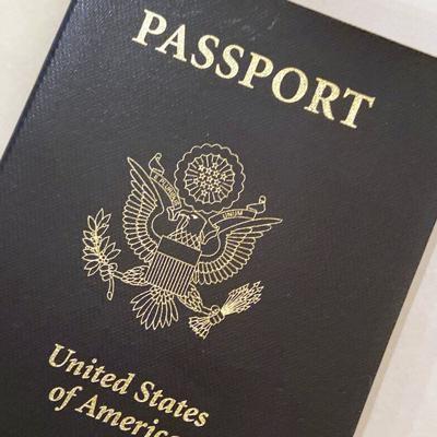 """Estados Unidos emitirá su primer pasaporte con el género """"X"""""""