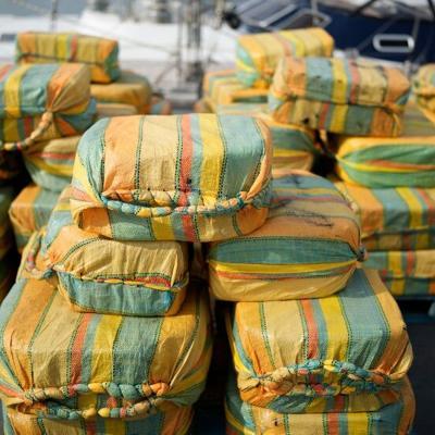 Incautan un cargamento de cocaína valorado en $232 millones en un yate en el Océano Atlántico