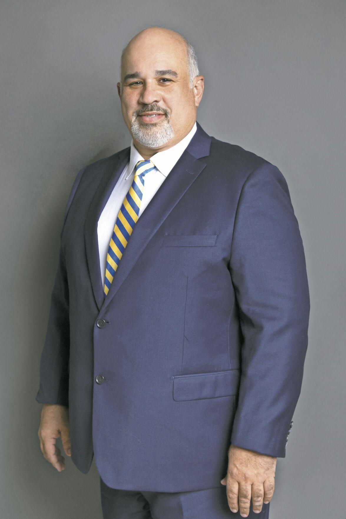 Dr. Edmundo Jordán