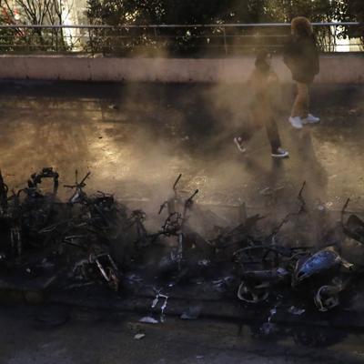Desalojan la estación Gare de Lyon en París por incendio