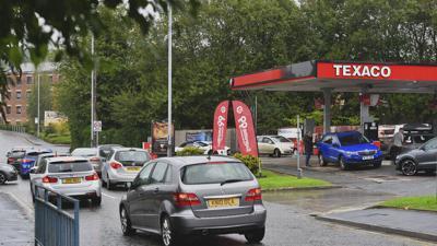 Gran Bretaña busca resolver con visas la escasez de camioneros