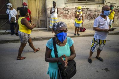 Cuba enfrenta su peor mes de la pandemia de covid-19