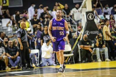 Cangrejeros de Santurce se juegan la vida en la serie ante Arecibo
