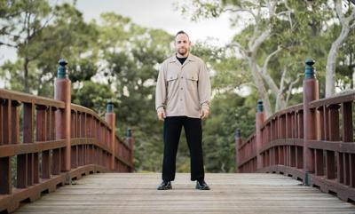 El escritor Xavier Cornejo revela sus estrategias de inspiración