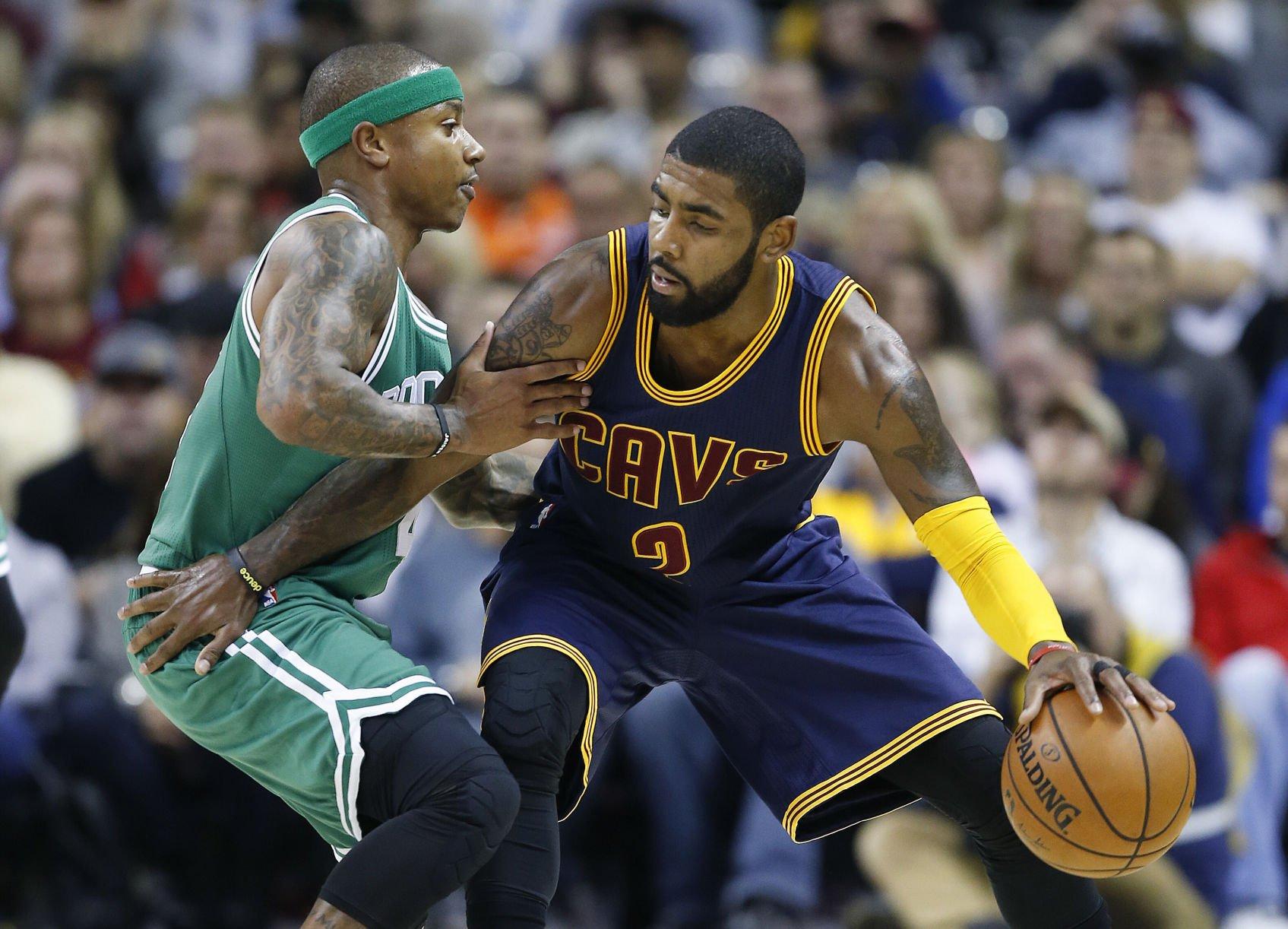 Irving pasa a los Celtics y Cavs se quedan con Thomas