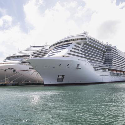 A privatizar los muelles de cruceros
